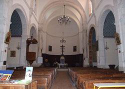 Intérieur église Althen des Paluds