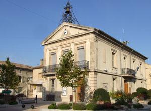 Mairie Althen des Paluds